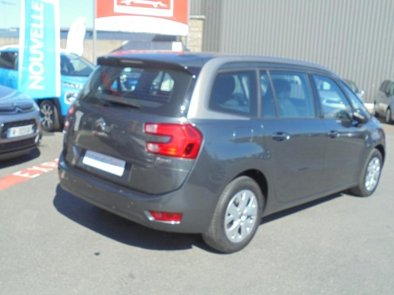 Photo 2 de l'offre de CITROEN Grand C4 Picasso e-HDi 115ch Intensive ETG6 à 15990€ chez Citroen Saint-Brieuc Savra