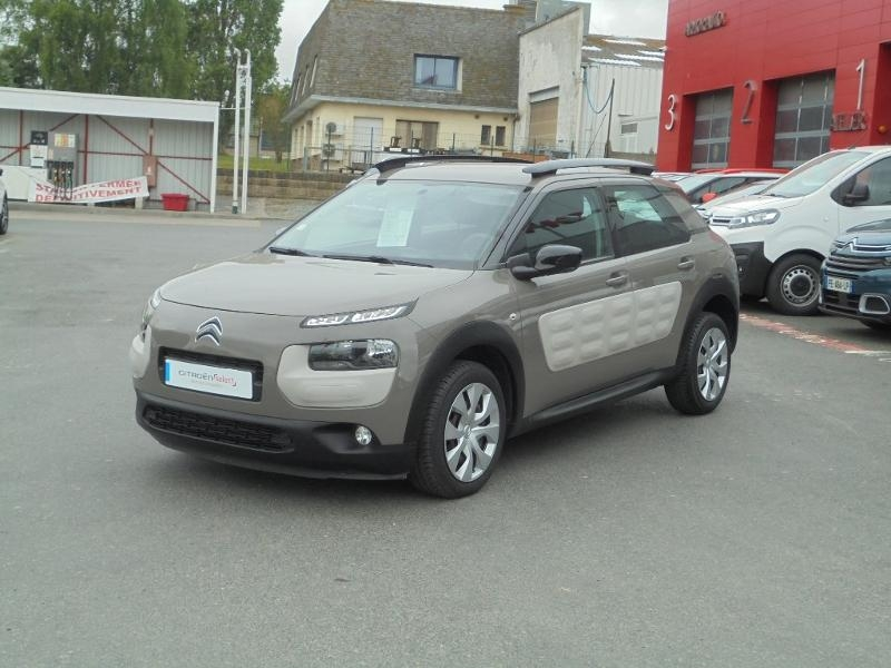 Photo 2 de l'offre de CITROEN C4 Cactus BlueHDi 100 Feel à 9490€ chez Citroen Saint-Brieuc Savra