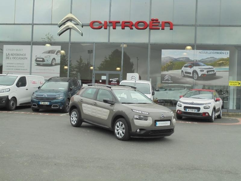 Photo 1 de l'offre de CITROEN C4 Cactus BlueHDi 100 Feel à 9490€ chez Citroen Saint-Brieuc Savra