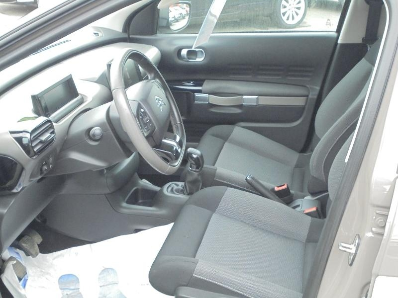 Photo 3 de l'offre de CITROEN C4 Cactus BlueHDi 100 Feel à 9490€ chez Citroen Saint-Brieuc Savra